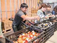 food-bank-backpack-program-AMW_9250